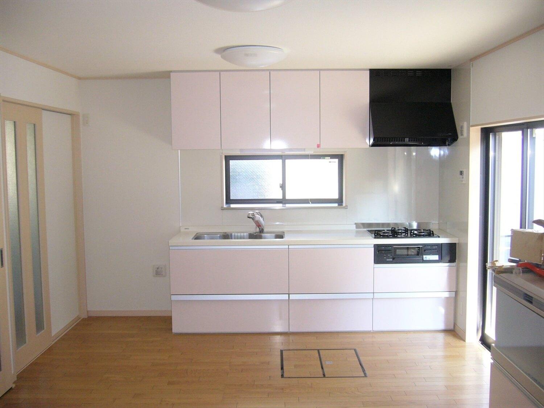和室とロフトのある家のキッチン|横浜市の注文住宅,ログハウスのような低価格住宅を建てるならエイ・ワン