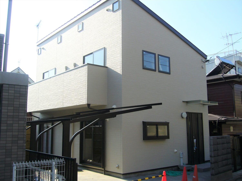 和室とロフトのある家の外観|横浜市の注文住宅,ログハウスのような低価格住宅を建てるならエイ・ワン