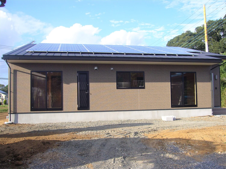 和室のあるシンプルな平屋の外観|鉾田市の注文住宅,ログハウスのような低価格住宅を建てるならエイ・ワン