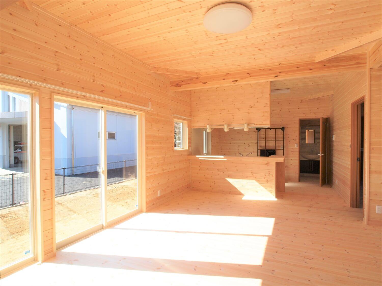 掘りごたつのある平屋のLDK|行方市の注文住宅,ログハウスのような低価格住宅を建てるならエイ・ワン