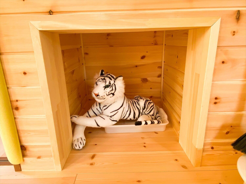 猫と暮らす二階建ての猫用トイレスペース|土浦市の注文住宅,ログハウスのような木の家を低価格で建てるならエイ・ワン