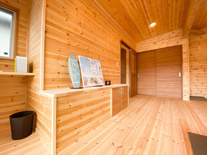 二階リビング住宅の造作テレビ台|取手市の注文住宅,ログハウスのような木の家を低価格で建てるならエイ・ワン