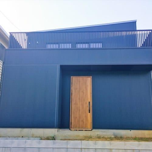 取手市の二階建て|二階リビングで住宅地でも採光を確保できる家