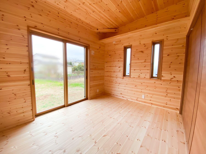 こだわりを詰め込んだ平屋の居室|石岡市の注文住宅,ログハウスのような木の家を低価格で建てるならエイ・ワン