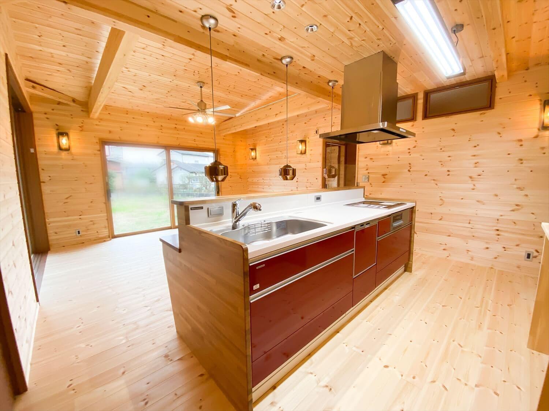 こだわりを詰め込んだ平屋のリビング|石岡市の注文住宅,ログハウスのような木の家を低価格で建てるならエイ・ワン