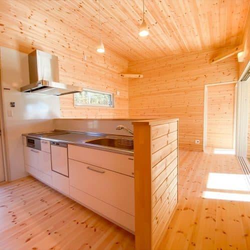 鉾田市の平屋|プライベートを尊重した無垢材の家
