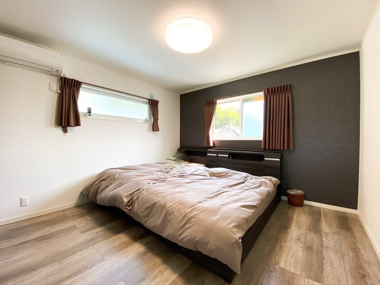 無駄のない長期優良住宅の二階建ての寝室|行方市の注文住宅,ログハウスのような木の家を低価格で建てるならエイ・ワン