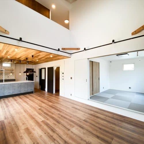 石岡市の二階建て|性能とデザインを追い求めたZEH仕様のクールな二階建て