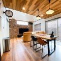 性能とデザインを追い求めたZEH仕様のクールな二階建てのダイニング|石岡市の注文住宅,ログハウスのような木の家を低価格で建てるならエイ・ワン