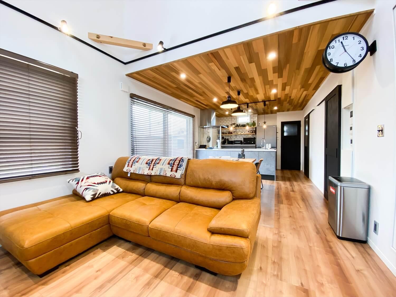 性能とデザインを追い求めたZEH仕様のクールな二階建てのLDK|石岡市の注文住宅,ログハウスのような木の家を低価格で建てるならエイ・ワン