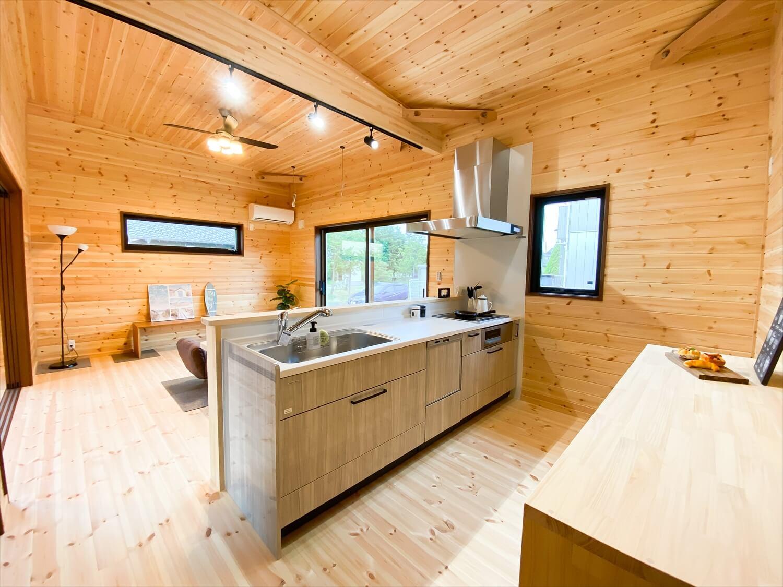 平屋の対面キッチン
